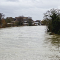 UK_Floods,_Staines-upon-Thames,_Thames